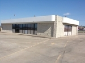 Commercial Real Estate-Bidding Ends April 12th @ 4:00 PM CDT