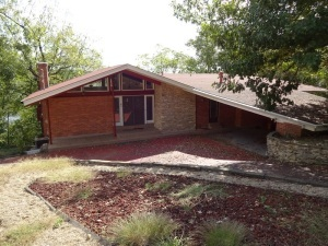 LAKE FRONT HOME - Doe Valley - Online bidding ends TUE, NOV 20 @ 4:00 PM EST