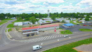 2 COMMERCIAL BUILDINGS - 2 COMMERCIAL LOTS - 1 RESIDENTIAL LOT - Online bidding ends Tuesday, June 4 @ 4:00 PM CDT