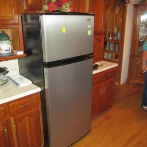 APPLIANCES - FURNITURE - HOME GOODS - Online Bidding Ends Tuesday, June 25 @ 5:00 PM EDT