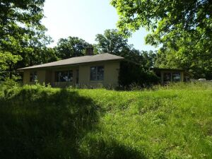 COURT ORDERED AUCTION - HOME - 4.6 ACRES - Home needs Restoration - Online Bidding Ends Tuesday, August 18 @ 4:00 PM EDT