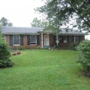 3 Bedroom/2 Bath Brick Home