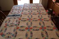 Quilt with Matching Pillow Cases