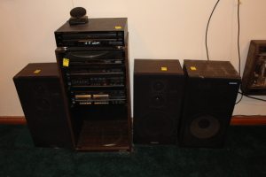 Sanyo stereo system w/ 2 speakers and 2 Pioneer speakers, Teac 5 disc multiplayer