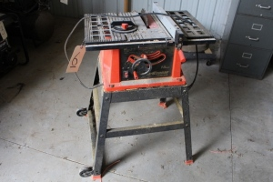 Fire Storm Black and Decker Table Saw