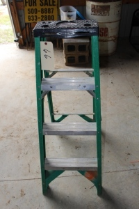 "Werner 4"" Step Ladder"