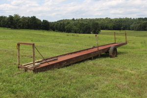 28 ft. Pin Hitch 2 Wheel Feeder