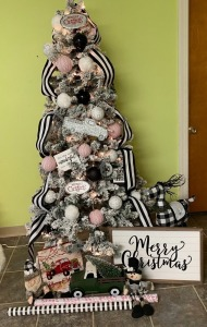 Preschool - Ms. Meador's and Pre-K Mrs. Bostrom's Classes: Black and White Striped Christmas Tree; Red, White & Black Ornaments, Black & White Reindeer, Miscellaneous Ornaments, Merry Christmas Sign, Truck Canvas, Santa, Snowman and Wrapping Paper