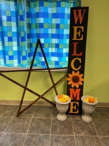 2nd Grade - Mrs. Galloway's Class: Large Welcome Sign, Wooden Star, 2 Concrete Planters