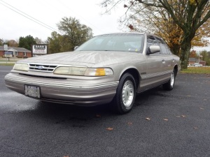 1995 Ford Crown Vic with 243,510 miles showing