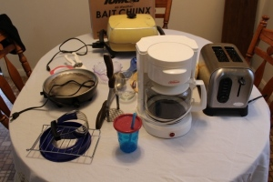 Sunbeam coffee maker, Cooks 2-slice toaster, electric skillet, and misc.