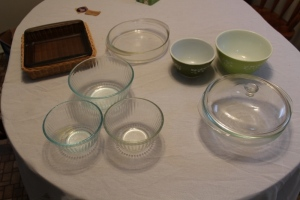 Pyrex bowls, Pyrex dish and basket, Pyrex bowl with lid