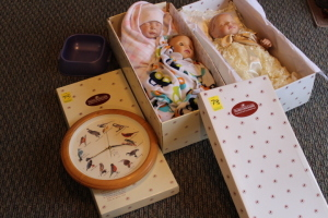 2 Ashton Drake dolls, National Audubon Society bird clock, Ashton Drake commemorative baby doll Prince George of Cambridge #0924
