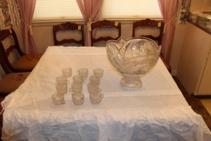 Punch bowl set with stand and 12 cups