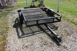 5' x 8' 2 Wheel Tilt Bed Trailer