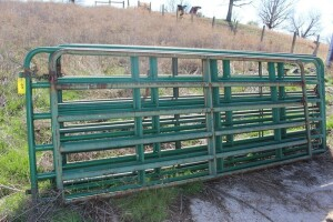 1 - 10 ft. & 4 - 12 ft. Green Gates