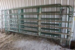 2 - 12 ft. & 2 - 10 ft. Corral Panels
